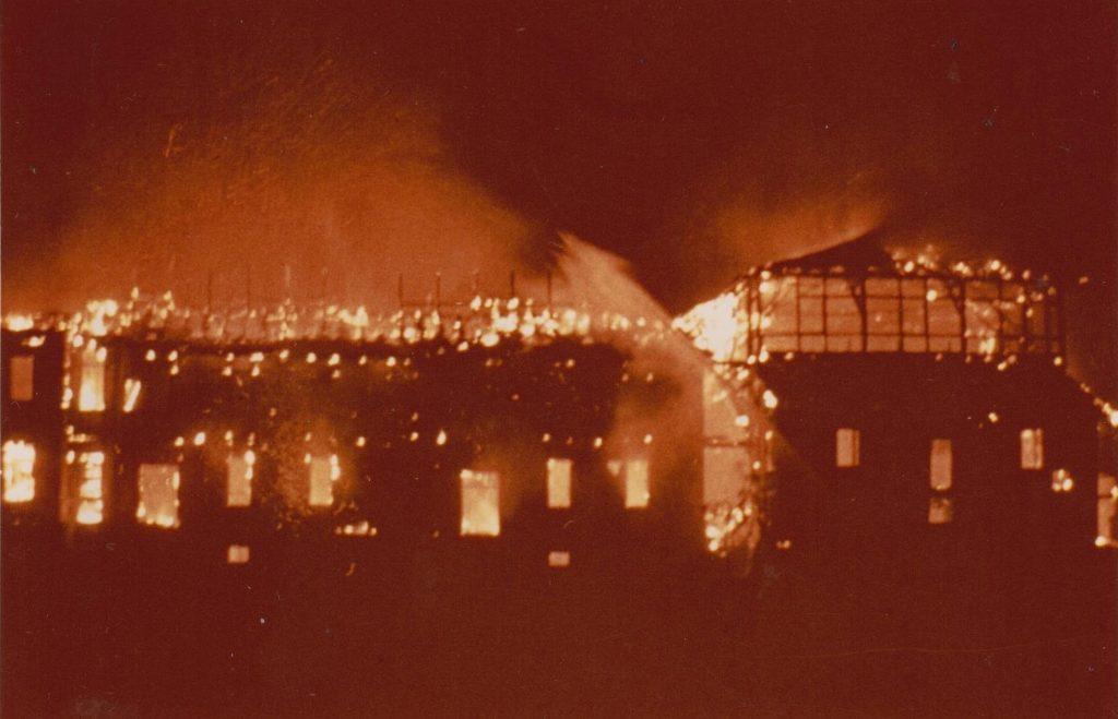 Brand vom Löwenhaustheater der Exlbühne